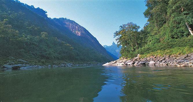 River-PutaoMountian-vista-Putao-Luxury-Burma-Travel