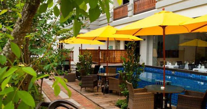 Pool-Penaga-Hotel-Luxury-Malaysia-Travel