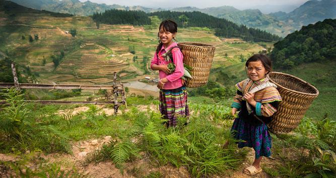 Hmong villagers, Bac Ha, Near Sapa, Vietnam