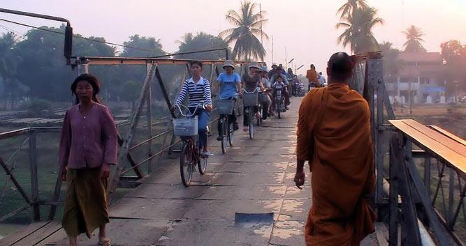 Locals strolling the streets, Battambang, Cambodia