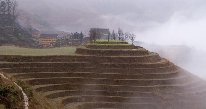 misty-terraces-near-Guilin-China