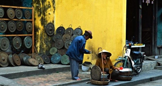 Food seller in the old town, Hoi An, Vietnam