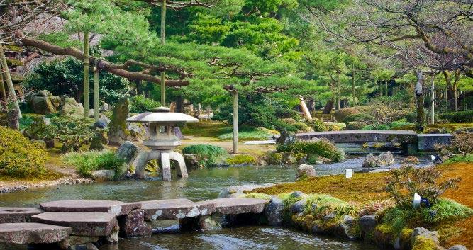 Kenrokuen Garden - Kanazawa - Japan