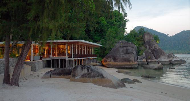 Rocky beach, Pangkor Laut, Malaysia