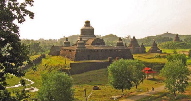 Mrauk-U-Luxury-Burma-Travel
