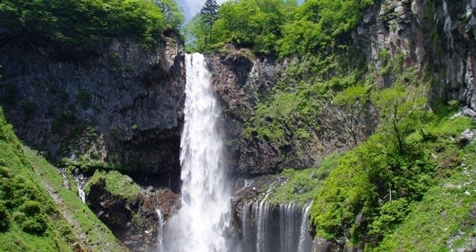 Nikko_kegon_waterfall - Luxury Japan Travel and Tours