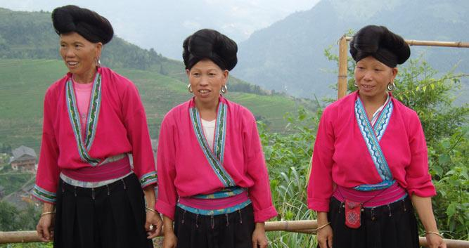 Red-Yao-Women--near-Guilin-China