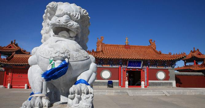 Stone Lions in Forbidden City, Beijing, in Luxury China Travel