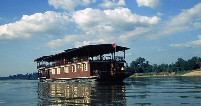 Wat Phou rice barge, Champasak province, Laos