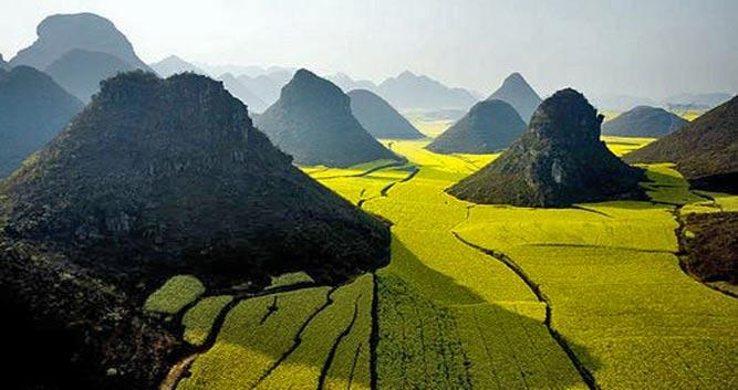 yellow-valley-floor--near-Guilin-China