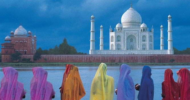 Ladies in colourful saris, Taj Mahal, Agra, India