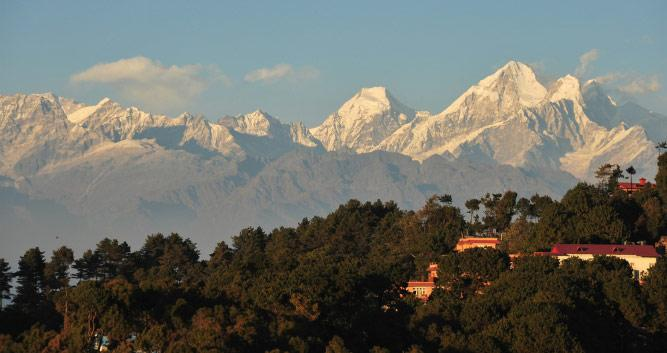 view_of_central_Himalayas_from_Nagarkot-Luxury-Nepal-Holidays