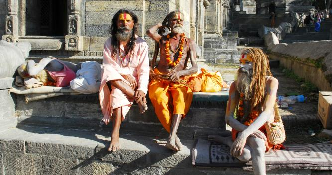 Sahdus at Pashpatinath, Neapl