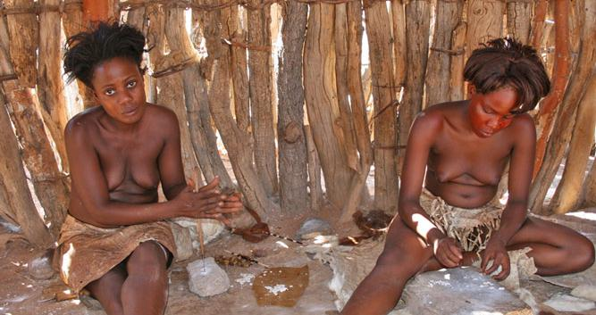 Tribal ladies_Namibia